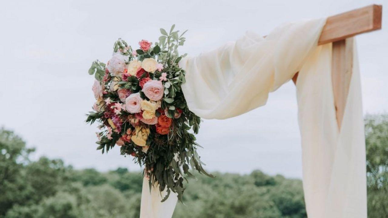Emirati woman an marrying Emirati nationality